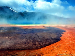 yellowstone-photos-grand-prismatic-spring